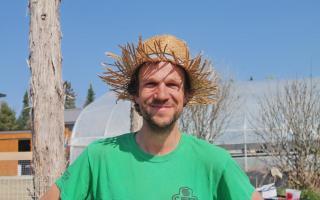 Louis-Pierre, jardinier et coordonnateur d'évènements
